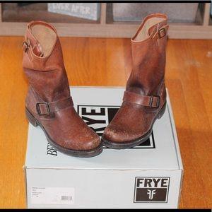 Frye Veronica Short Boots